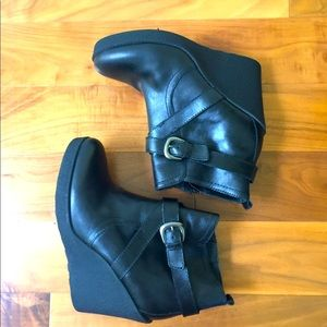 Black leather ankle bootie wedges women US size 10